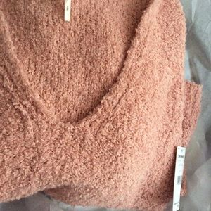 Free People Sweaters - FREE PEOPLE Finders Keepers Sweater NWT S Peach